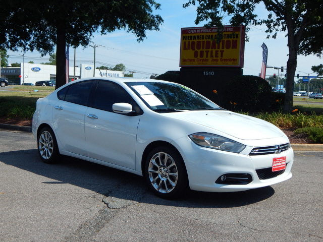 Pre-Owned 2015 Dodge Dart Limited