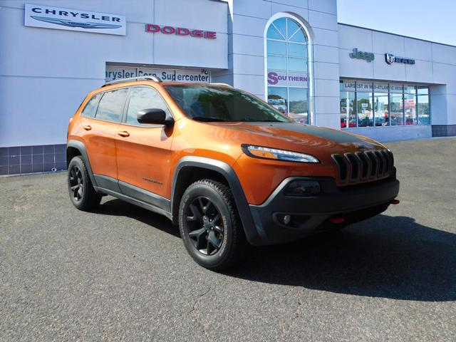 2016 Jeep Truck >> Pre Owned 2016 Jeep Cherokee Trailhawk 4x4 Trailhawk 4dr Suv In